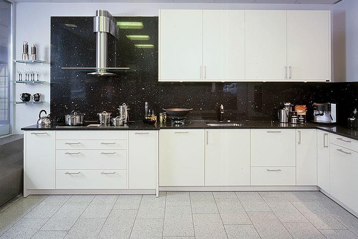 Technistone-En slidtstærk sten i stilrent design til den moderne køkken